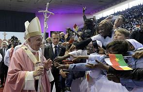 To właśnie dla nich papież pojechał do Maroka. Poznajcie tych, którzy niosą nadzieję światu [FOTO]