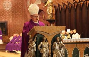 Bp Śmigiel: zły duch pragnie rozgłosu. Nie znosi pokory, modlitwy i postu