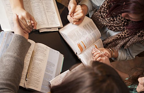 """Piękna modlitwa ułożona przez zakonnice. Poznaj """"Litanię Biblijnych Kobiet"""""""