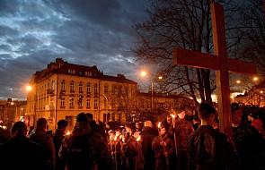 Warszawa: Droga Krzyżowa wynagradzająca za grzechy wykorzystywania seksualnego