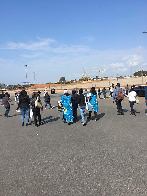 Papież Franciszek wprowadził nową modę. Zdjęcia z pielgrzymki z Maroka pokazują nowy katolicki fason [FOTO] - zdjęcie w treści artykułu