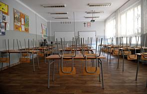Czwartek: drugi dzień egzaminu gimnazjalnego i czwarty dzień strajku nauczycieli