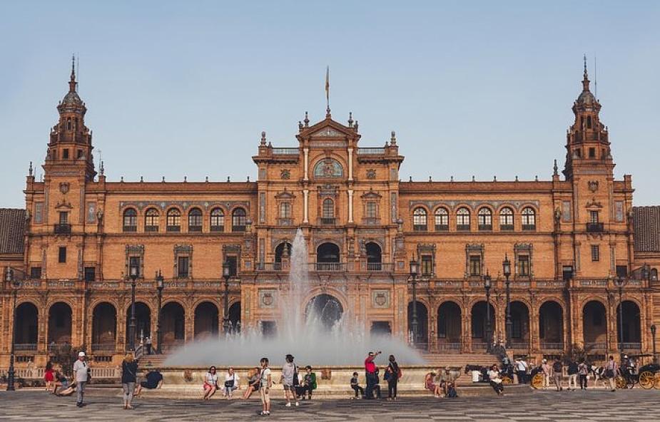 Hiszpania: apel do władz o wycofanie lekcji religii ze szkół