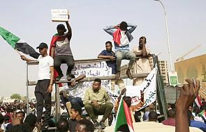 Minister obrony Sudanu: prezydent zatrzymany; będzie rządzić rada wojskowa