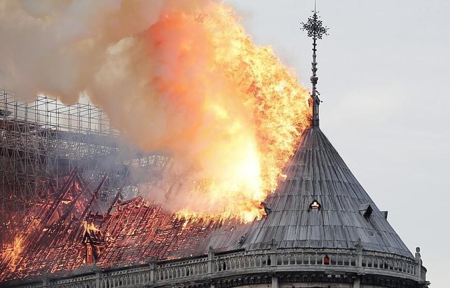 """Jest reakcja Watykanu na pożar Notre-Dame. """"Symbol chrześcijaństwa we Francji i na świecie"""""""