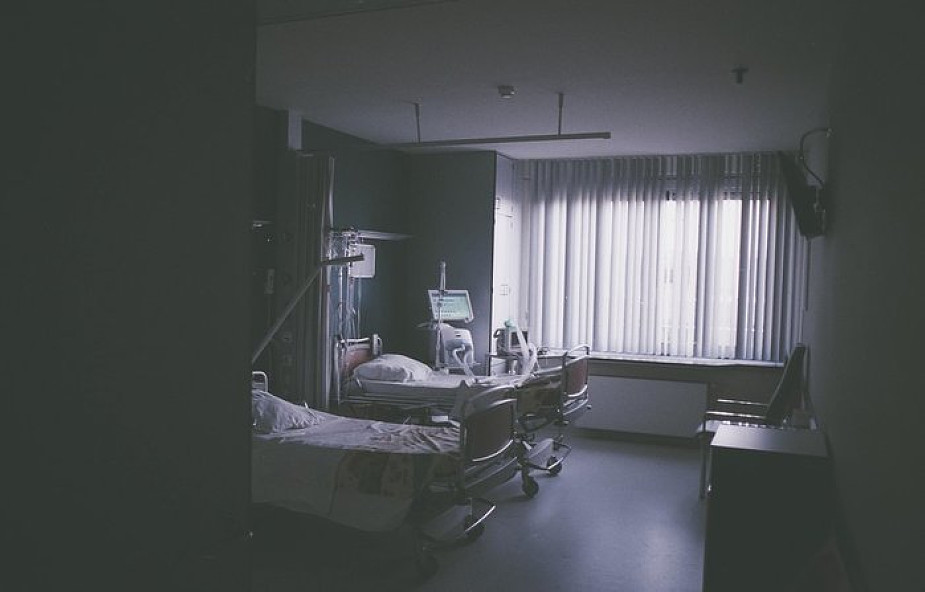 """Lekarze apelują, by nie oddawać bliskich na święta do szpitala. """"Obserwujemy takie bulwersujące nas przypadki..."""""""