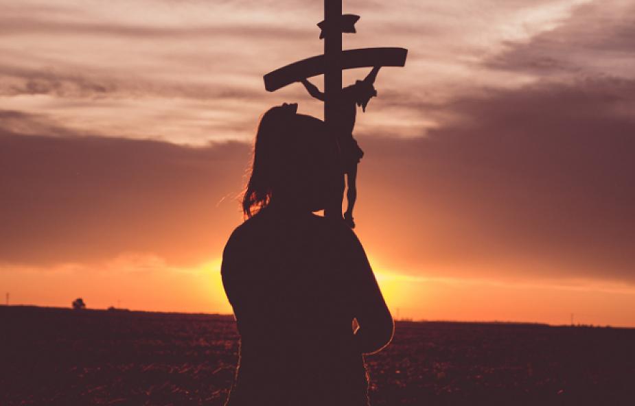 Mój krzyż. Droga Krzyżowa z wykluczonymi na Wielki Piątek