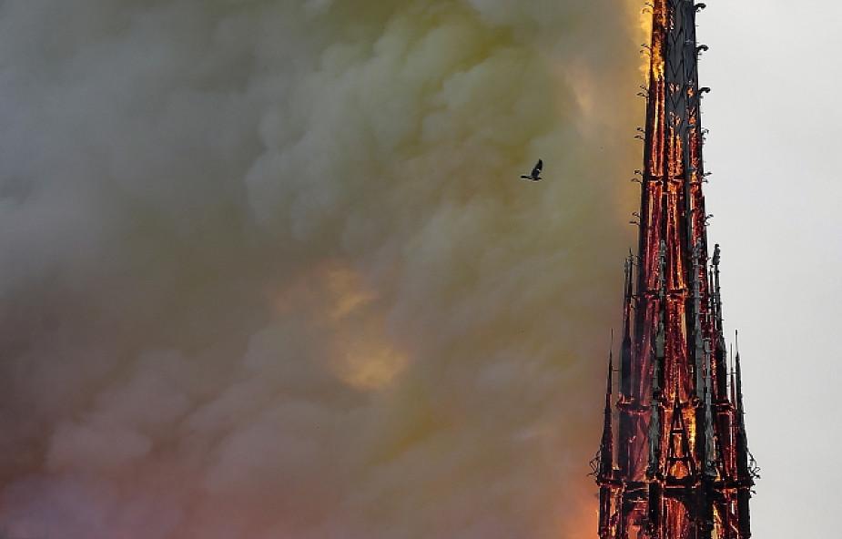 Arcybiskup Paryża: zniszczono katedrę Notre Dame, ale nie duszę Francji