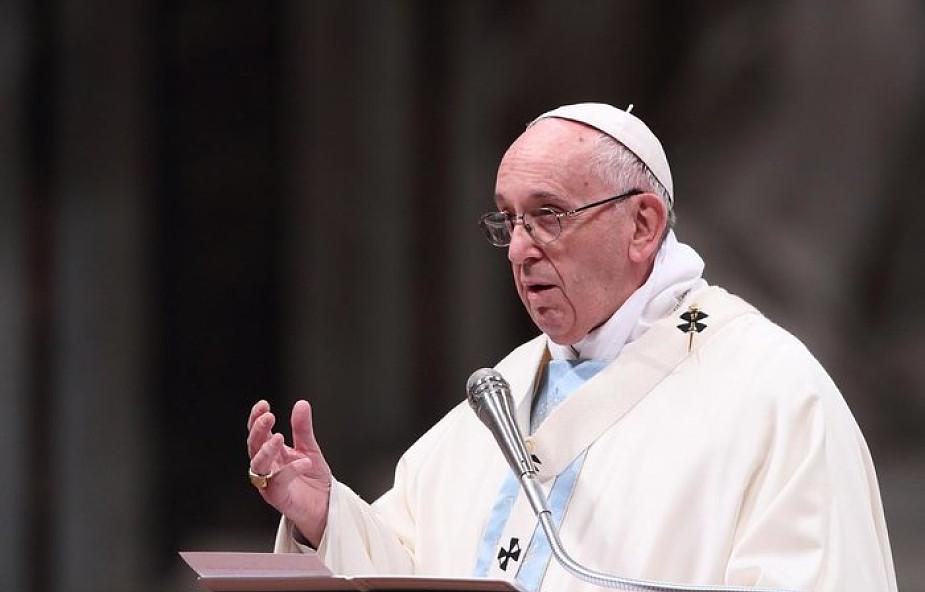 Papież: nawet za takim małżeństwem, które się rozpadło, kryje się troska Boga