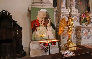 """""""Pozostał sobą, człowiekiem pełnym pokory"""". Wielki Tydzień ze św. Janem Pawłem II. #Wielkanoc"""