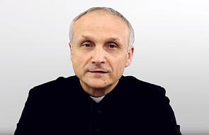 Ks. Sławomir Sosnowski: palenie książek kojarzy się bardzo źle
