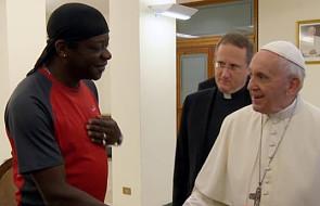 Franciszek do osoby homoseksualnej: nie ma znaczenia kim jesteś, jak żyjesz, nie tracisz swojej godności