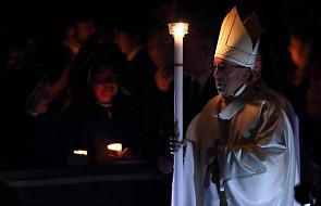 Watykan: papież przewodniczy mszy Wigilii Paschalnej