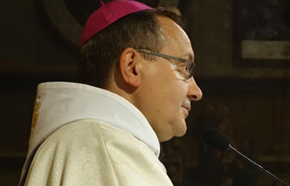 Bp Muskus: Jezus nie umarł dla elitarnego grona wybrańców