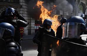 """Francja: wszczęto śledztwo w sprawie nawoływania policjantów do samobójstw podczas marszu """"żółtych kamizelek"""""""