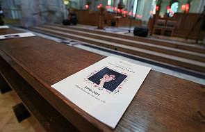 Pogrzeb zamordowanej dziennikarki z wezwaniem o pokój w Irlandii Płn.