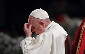 Papież o staruszce, która zbiera śmieci, by przeżyć. Ma do nas ważnąprośbę
