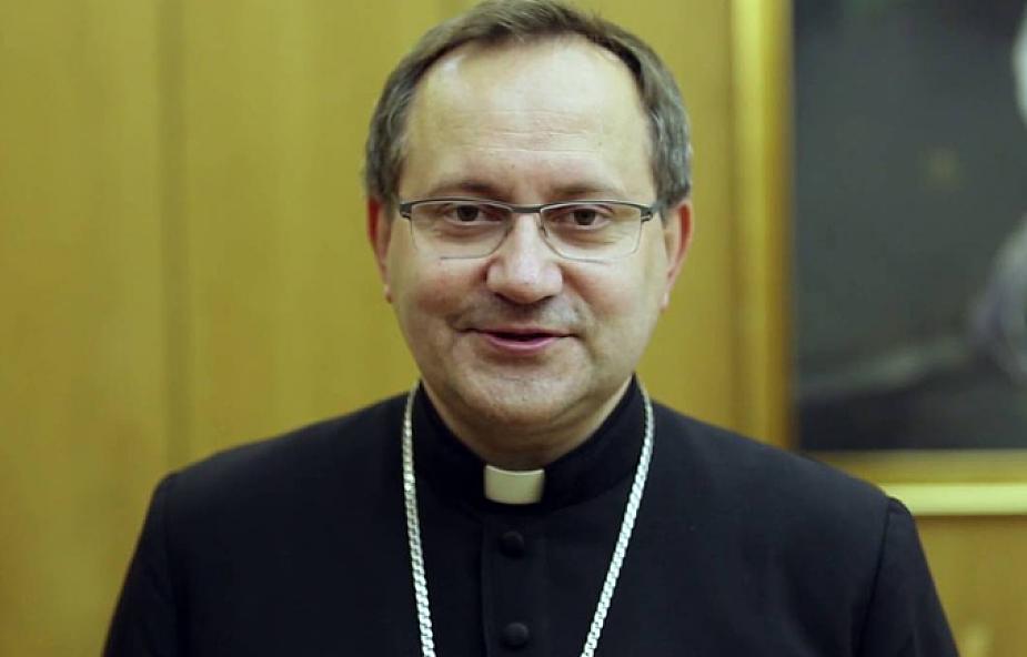Bp Muskus: konfrontując się z obnażoną słabością Kościoła, przypominamy zamknięty wieczernik