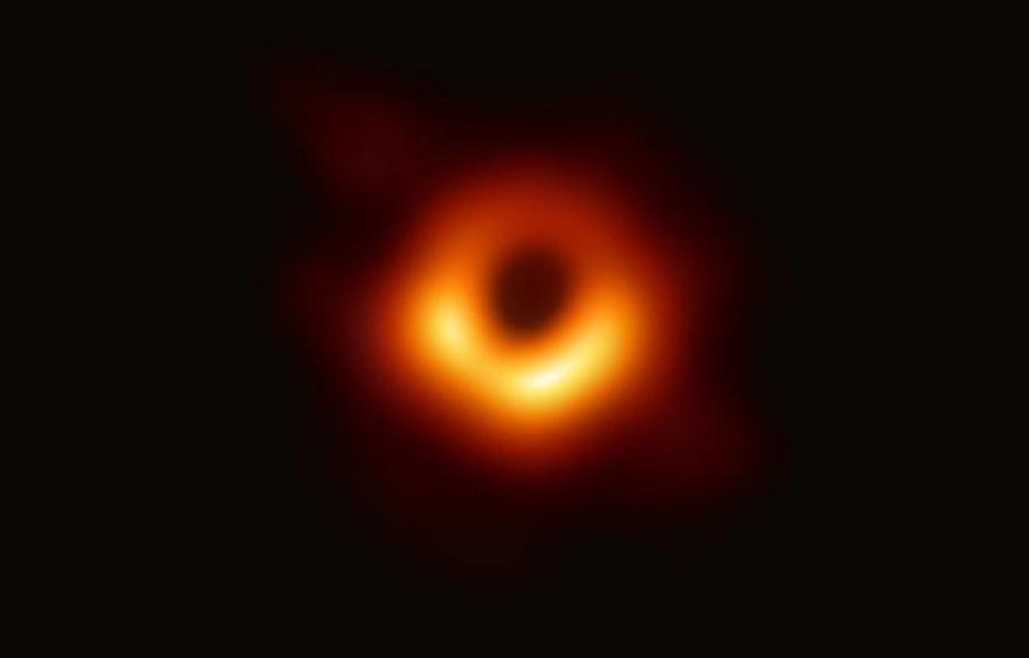 Czy można znaleźć Boga w czarnej dziurze?