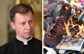 Rzecznik KEP zabrał głos ws. spalenia książek w Gdańsku