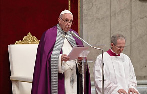 Papież: potrzeba wielkiej odwagi, aby modlić się w ten sposób