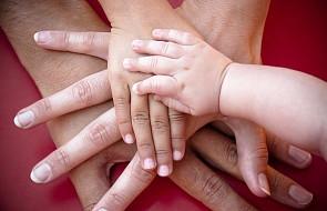 """Organizacje rodzin katolickich FAFCE zaniepokojone współczynnikiem urodzeń w Europie. Rozpoczynają kampanię """"Głosuj na rodzinę"""""""