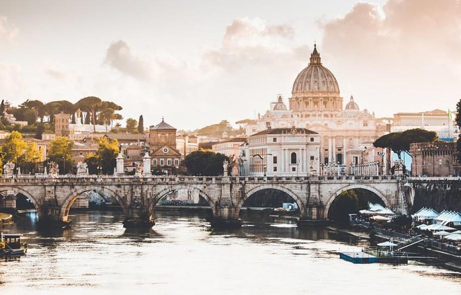 """Watykan: w przyszłym tygodniu konferencja nt. handlu ludźmi. Uczestnicy omówią """"Wytyczne duszpasterskie nt. handlu ludźmi"""""""