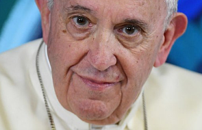 """""""Fałszywy prorok to Bergoglio"""". Wszyscy krytycy papieża Franciszka"""
