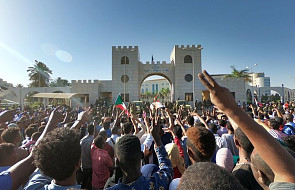 Sudan: siły bezpieczeństwa próbują rozpędzić protesty domagające się dymisji rządzącego od 29 lat prezydenta
