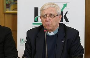 O. Żak: Motu proprio wytycza drogę do pociągania biskupów do odpowiedzialności za zaniedbania