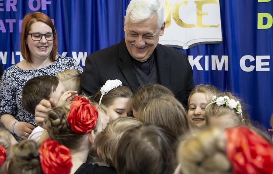 Generał jezuitów odwiedził Jezuickie Centrum Edukacji w Nowym Sączu