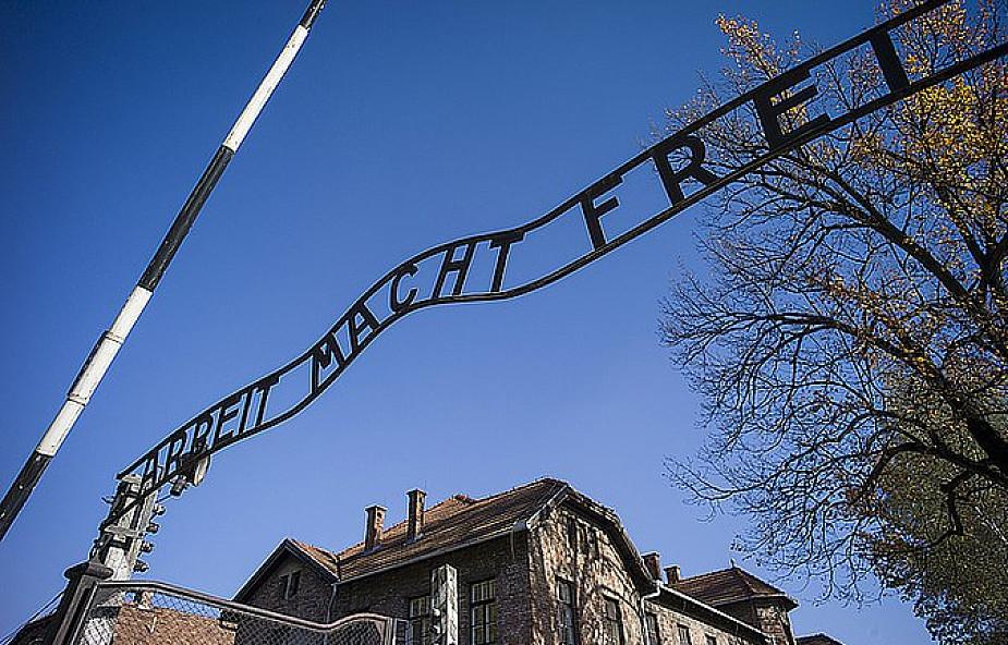 Romowie upamiętnią rocznicę buntu w obozie cygańskim w Auschwitz