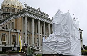 Licheń: zasłonięto pomnik byłego kustosza sanktuarium