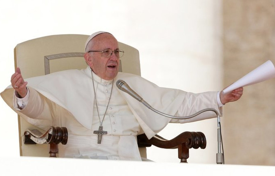 Franciszek do Polaków: odmawiajcie różaniec i proście o nawrócenie