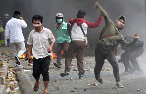 Indonezja: 6 zabitych, 200 rannych w zamieszkach w Dżakarcie