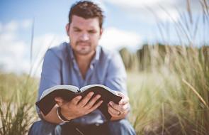 Czy Bóg karze za grzechy? Oto co mówi Biblia