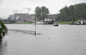 Fala kulminacyjna dotarła do Krakowa. Służby apelują o ostrożność