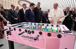 Franciszek: piękno gry w piłkę polega na tym, że nie robimy tego samotnie