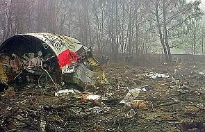 Przy miejscu katastrofy Tu-154M rosyjska fundacja ustawiła tablice na temat katastrofy