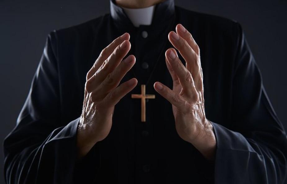 Ksiądz zapytał nas, czy znamy prawdy wiary. Potem kazał nam je wyrzucić z głowy