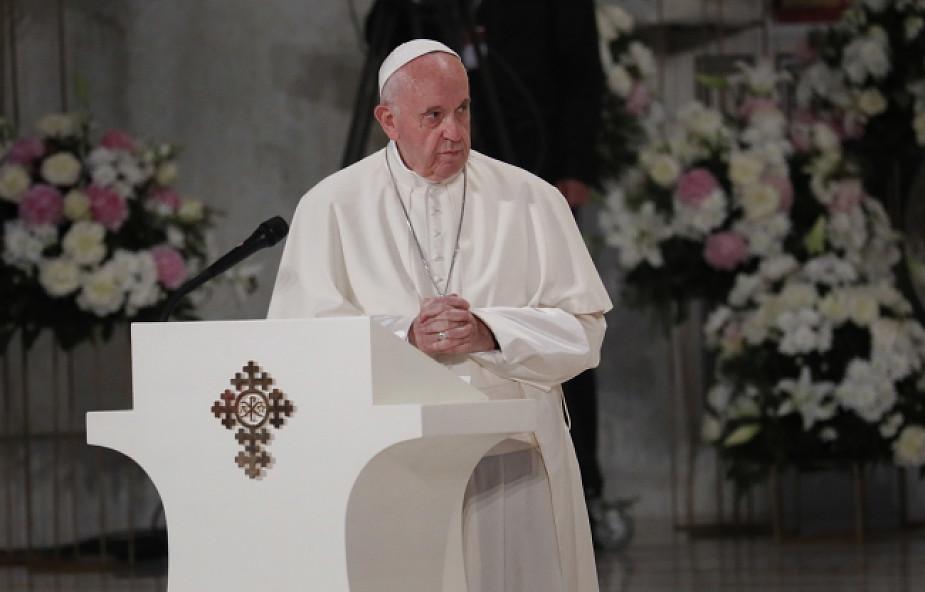 Franciszek w katedrze prawosławnej: musimy wyrzec się wygodnych pewników władzy