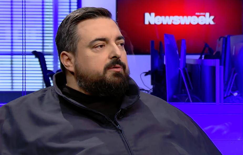 """Tomasz Sekielski wyjaśnia, dlaczego rozpoczął sprzedaż koszulek """"Tylko nie mów nikomu"""""""