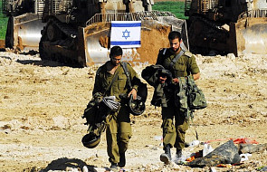 Po palestyńskim ostrzale rakietowym Izrael zamyka przejścia graniczne ze Strefą Gazy. Trwa eskalacja przemocy