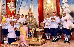 """Tajlandia: prasa wychwala nowego króla; Rama X ogłosił ułaskawienie więźniów by """"dać im szansę na zostanie dobrymi obywatelami"""""""