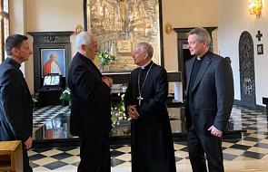 Generał jezuitów z wizytą u metropolity krakowskiego. Abp Jędraszewski przyjął go w wyjątkowym miejscu