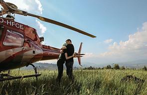 Magda nie mogła sama pójść w góry. Przyjaciele zabrali ją tam... helikopterem [ZDJĘCIA]