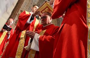 """""""Gdy zdecydowałem się na kapłaństwo, ojciec stwierdził, że to porażka wychowawcza"""""""