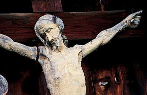 """""""Nasila się plaga profanacji chrześcijańskich miejsc kultu"""""""