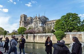 Notre Dame wraca do życia. Wkrótce pierwsza Msza po pożarze; wierni będą musieli nosić kaski