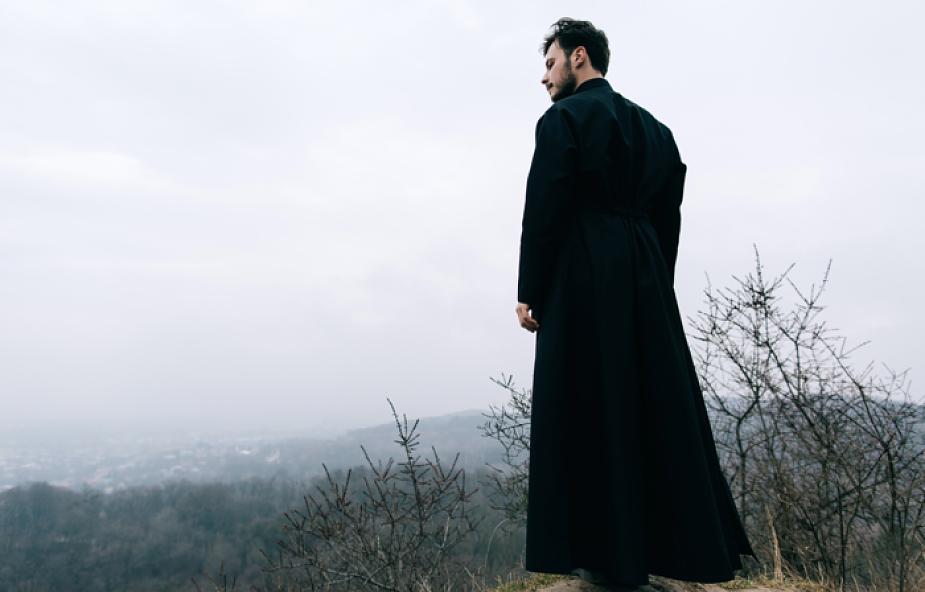 """Krajobraz Kościoła """"z parteru"""" po filmie Braci Sekielskich"""